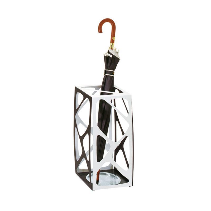 Basket di Pezzani - Portaombrelli di design in acciaio verniciato