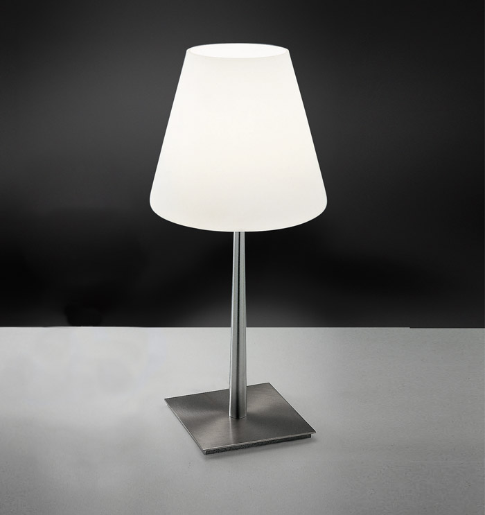 Lampada da tavolo o comodino in vetro soffiato bianco Queen LED
