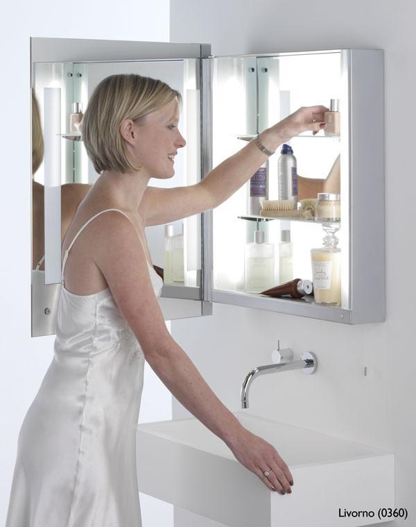 LIVORNO specchio bagno con presa