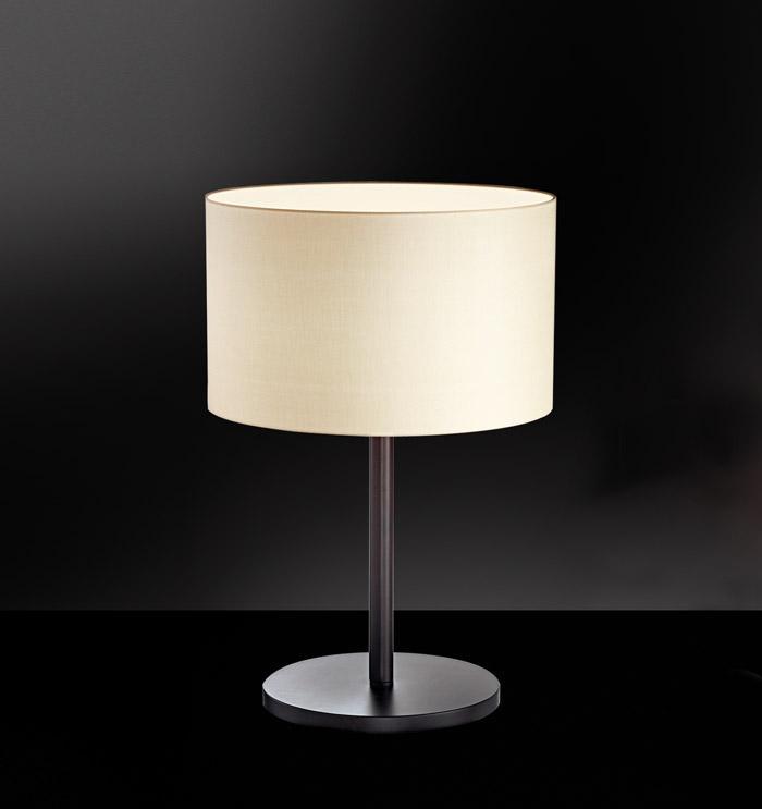 Lampada tavolo ANITA weng\u00e9 con paralume tessuto | E27
