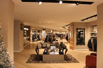 About Ronca. Fashion per natura. 30109e03307