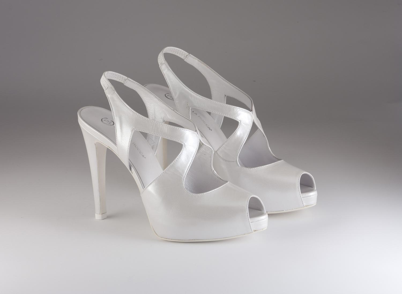 Scarpa donna elegante da sposa e cerimonia in pelle bianca  Guido La Rocca cod. G726