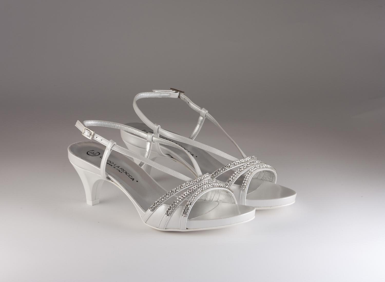 Scarpa donna elegante da sposa e cerimonia in pelle con applicazioni in cristallo svarovsky Guido La Rocca cod.G885