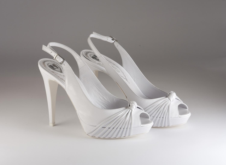 Scarpa donna elegante da sposa e cerimonia  in pelle capretto bianco Carlo Pignatelli Art.22Z6512
