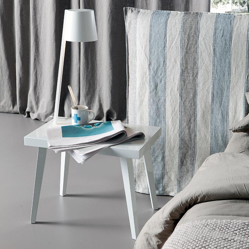 Joy Rettangolare - Eglooh | Comodino, tavolino, seduta laccato bianco opaco