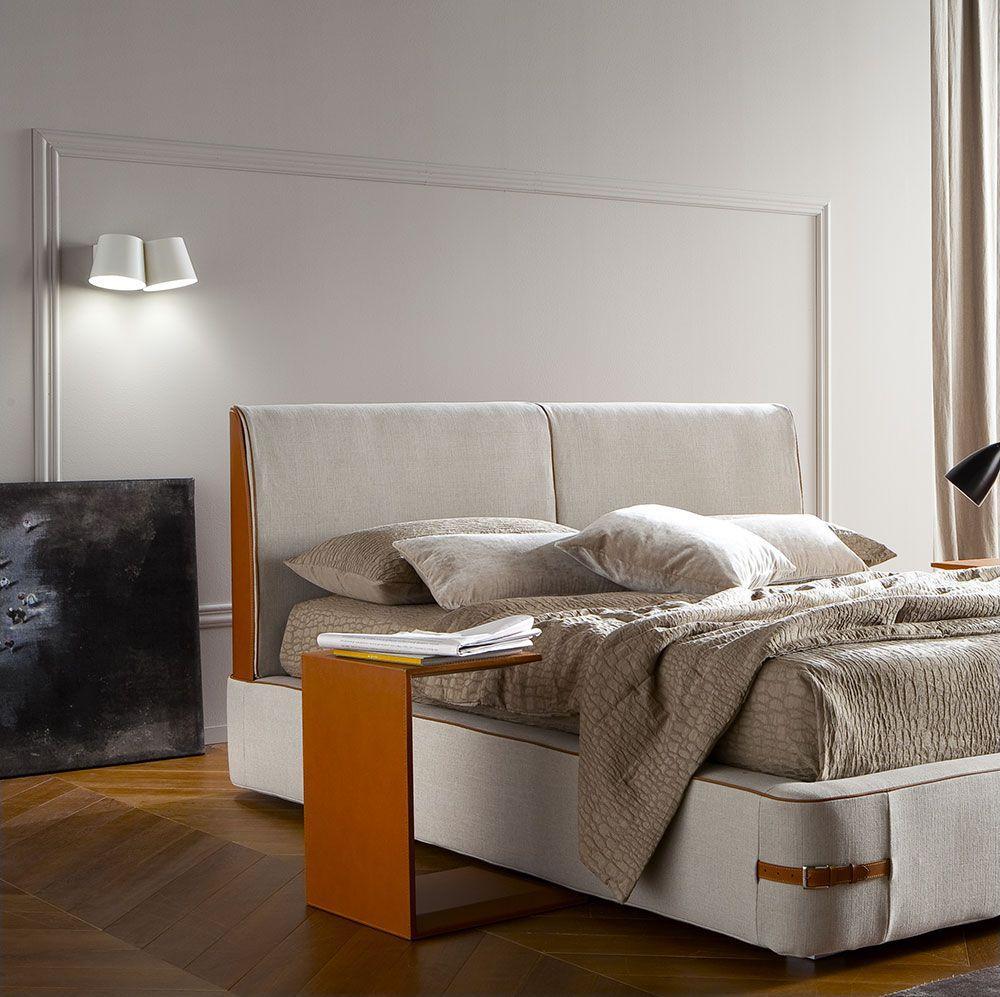 Free - Eglooh | Comodino, tavolino in cuoio naturale toscano per camera o salotto