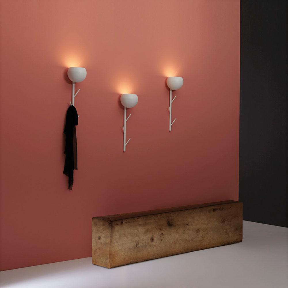 Cappero di Tooy | Lampada da parete a led, appendiabiti, forma a calice