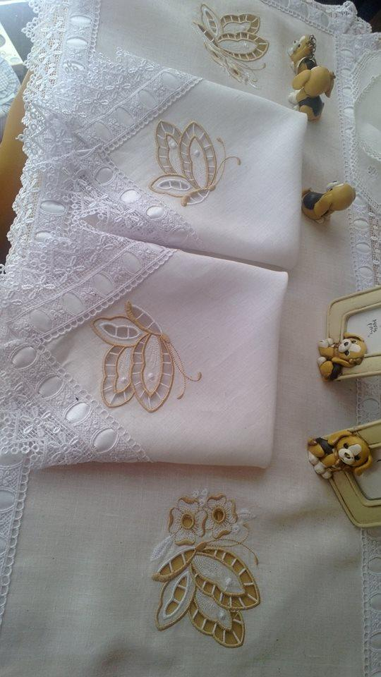 Tris Centrini per camera da letto - il filo d\'oro