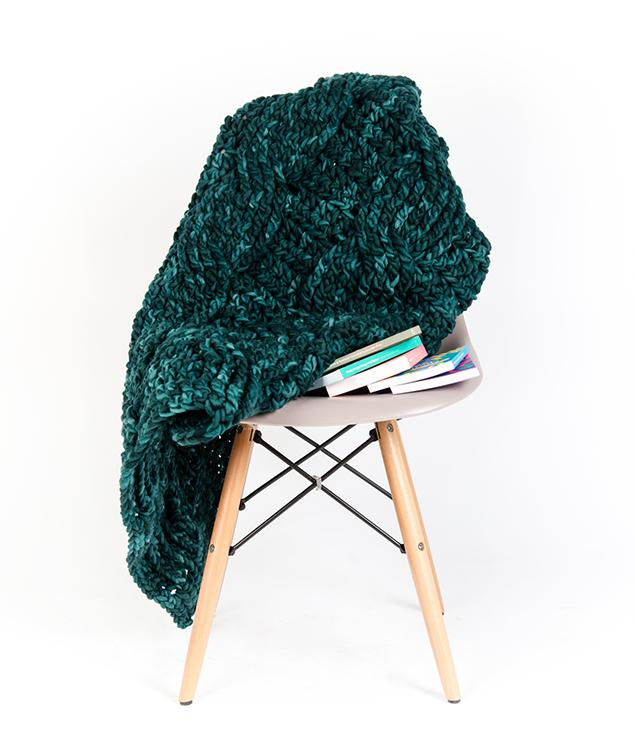 Home - Wool - Cable Blanket - 1