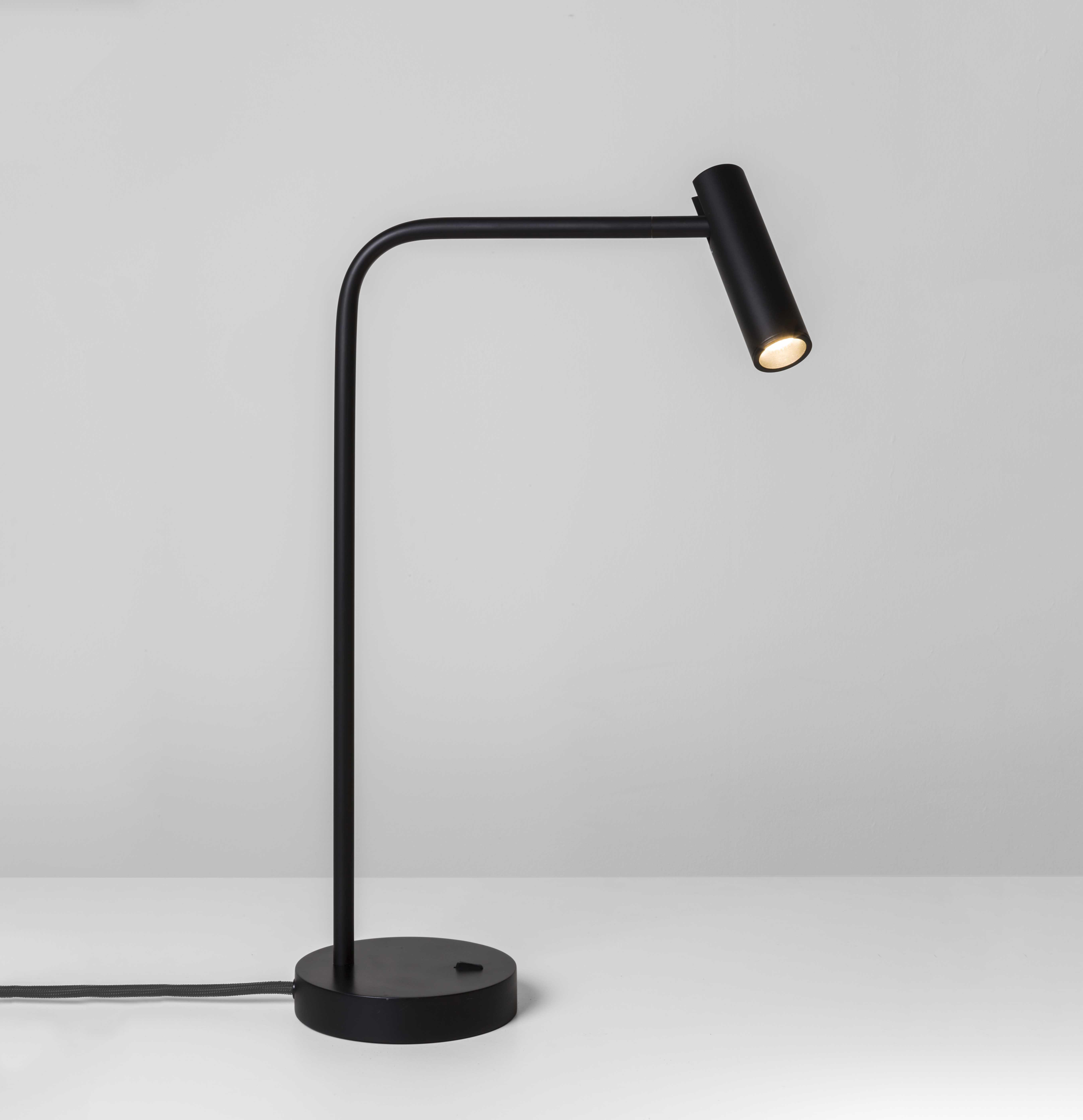 ENNA lampada da tavolo nera