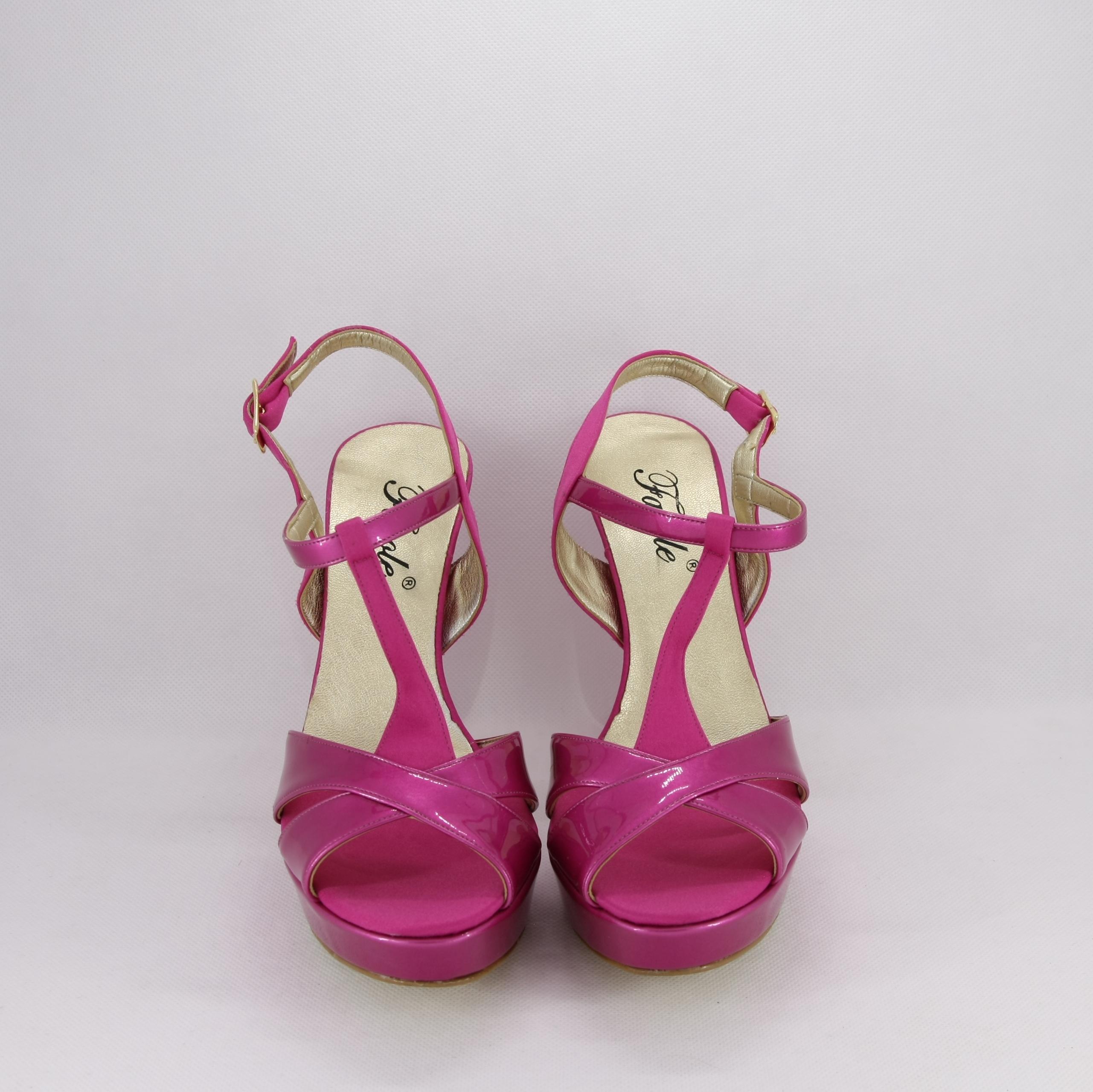 Sandalo donna elegante da cerimonia in tessuto di raso e vernice fuxia con cinghietta regolabile  Art. A574 Gi.Effe Ci.