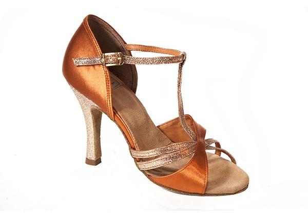 Italia Trend - Scarpe e abbigliamento per la danza 914727e8df7