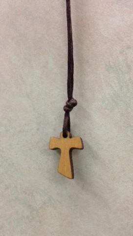 Croce tau legno ulivo cm. 1,5