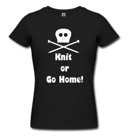 "T-shirt nera conscritta ""Knit or go home"""