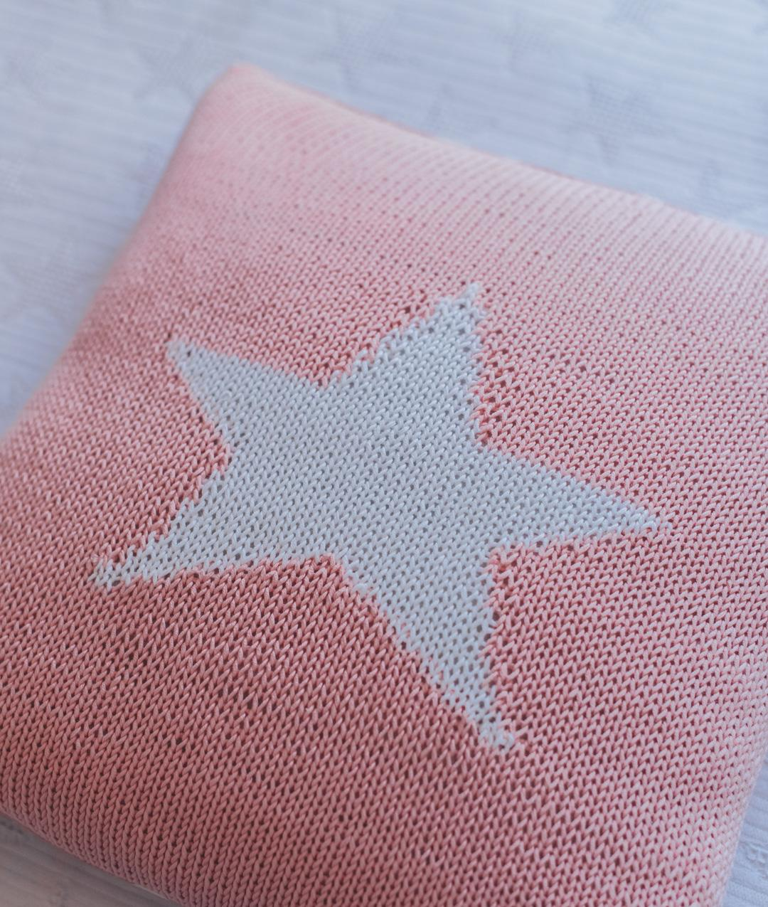 Promo KNIT20 - Casa - MY LITTLE STAR CUSHION - 1