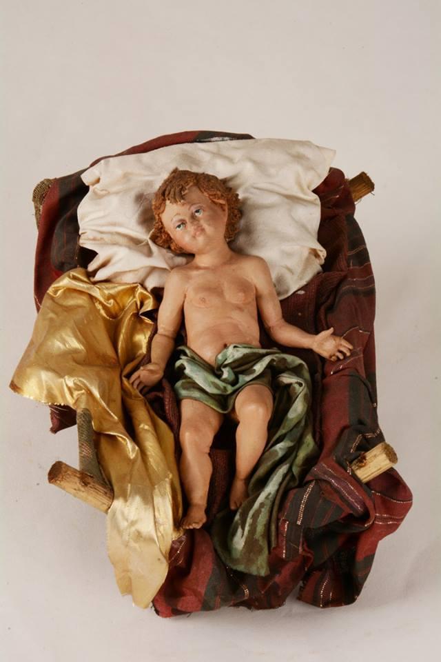 Gesù in culla presepe siciliano Angela Tripi 40 cm terracotta e stoffa