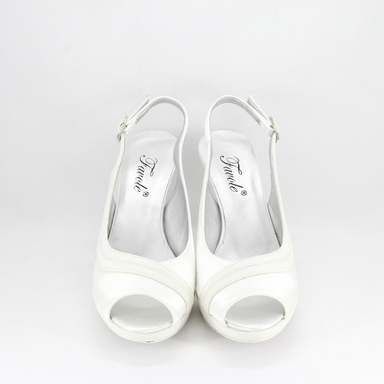 Sandalo donna elegante da cerimonia in tessuto di raso avorio e inserti tessuto glitter con cinghietta regolabile Art. A693 Gi Effe Ci