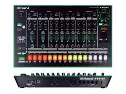 ROLAND TR8 RHYTHM MACHINE CON 16 DRUM KIT