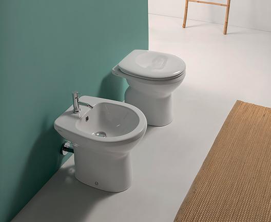 Vaso e bidet a terra per il bagno cm 48 x 37 Arianna Globo