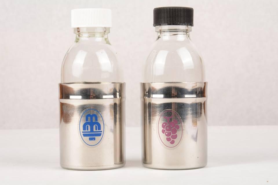 Coppia bottiglie acqua e vino CAL847