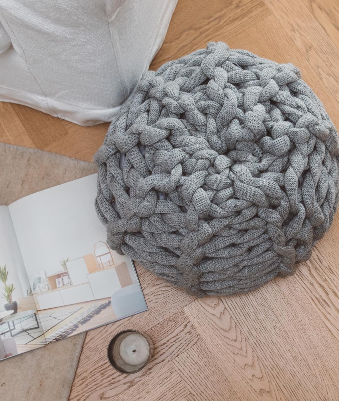 XXL Pouf: Arm e Giant Knitting kit for Blanket online + Pattern ...