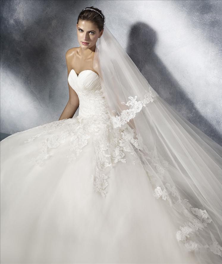 Abito sposa a sirena in pizzo mod. TOSCANA  linea WHITE ONE