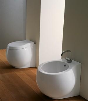 Vaso e bidet a terra per il bagno cm 50 x 45 Planet Scarabeo