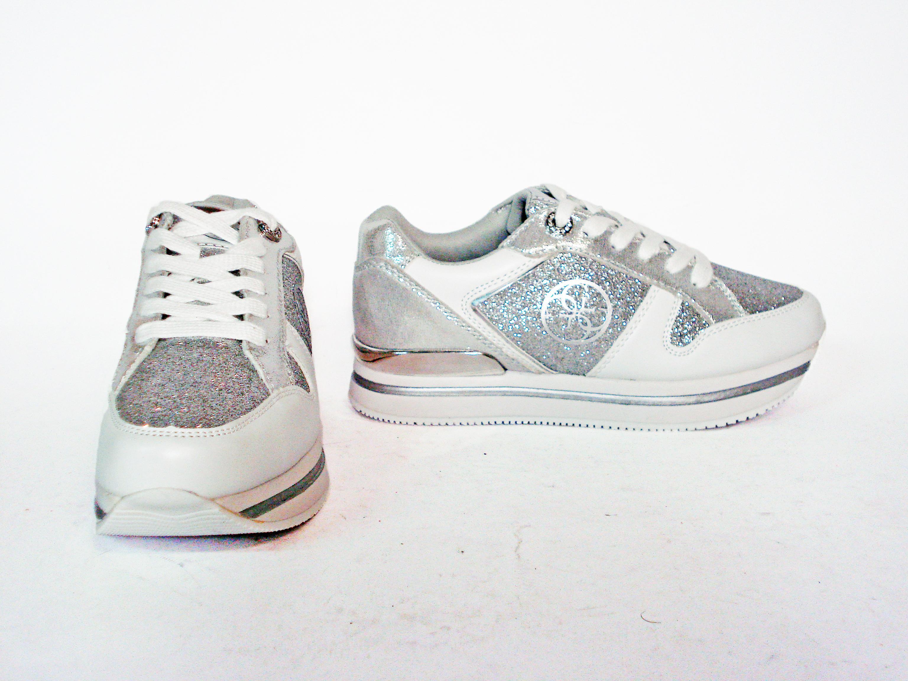 Sneaker argento con para alta Guess
