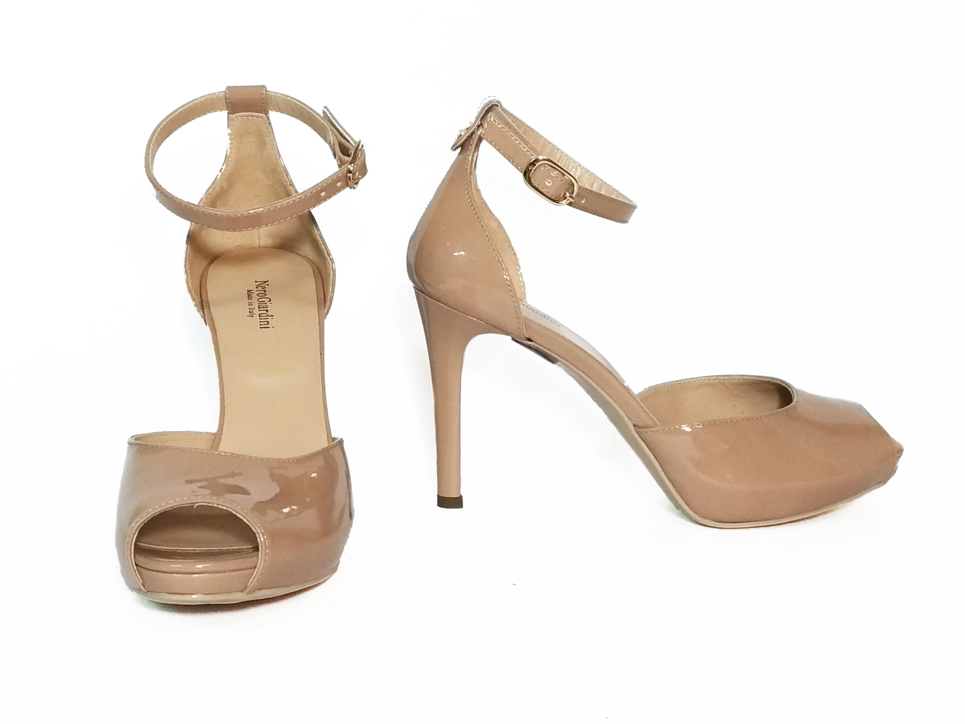 Sandalo nudo Nero Giardini