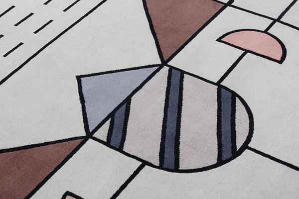 Tappeto moderno con motivi geometrici