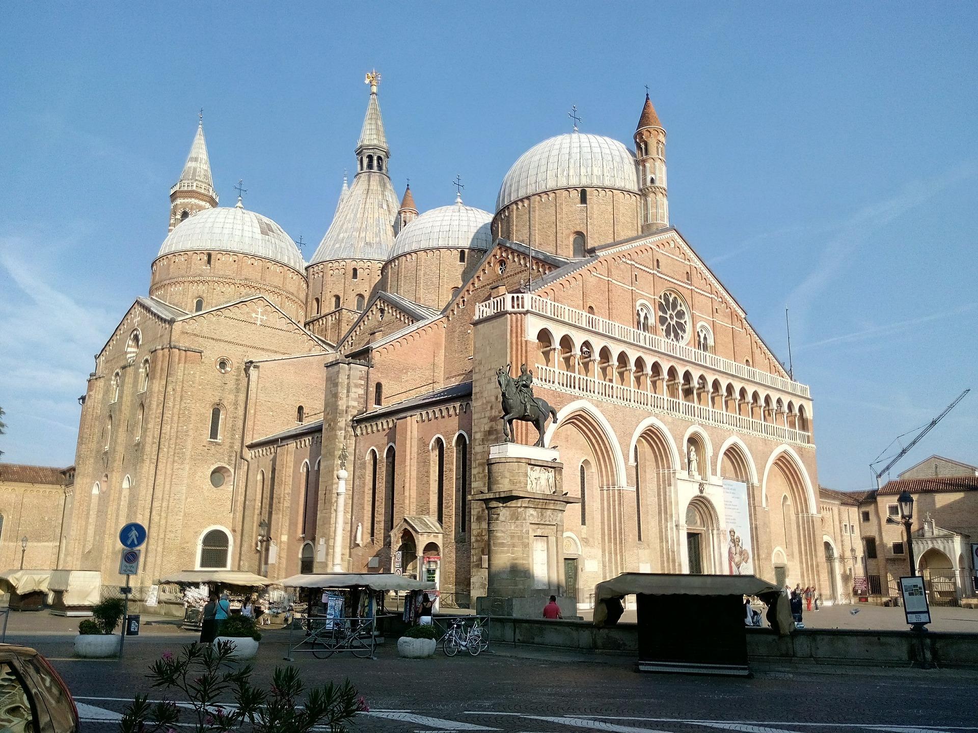 Il Santo di Padova