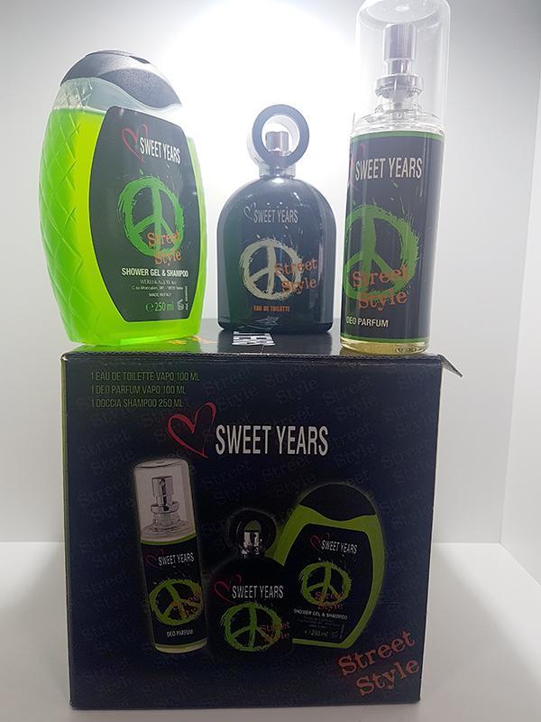 Confezione Sweet Years 1 Eau de Toilette 1 Deo Parfum 1 Doccia Shampoo