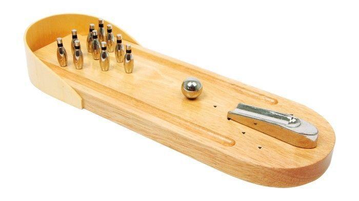 Bowling da tavolo con pedana in legno e birilli in metallo gioco