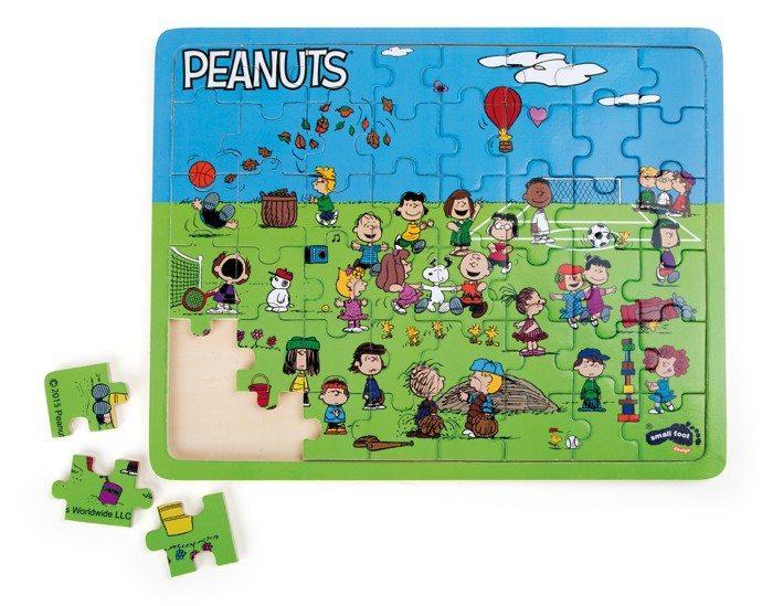 Puzzle in legno Snoopy Peanuts & Co Al parco 48 pezzi Trefl