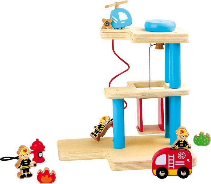 Grande stazione dei pompieri su 3 livelli in legno