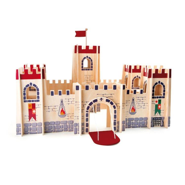 Castello dei cavalieri classico in legno