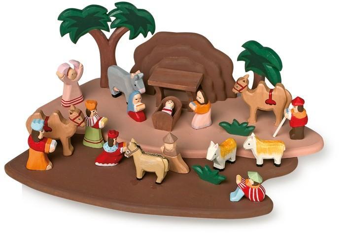 Presepe natalizio con personaggi in legno fatti a mano  per Natale