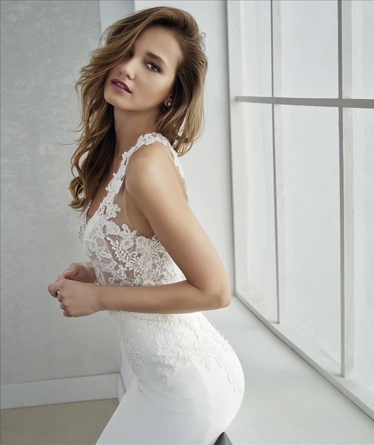 Abito sposa mod. FILIPINAS linea WHITE ONE - PRONOVIAS
