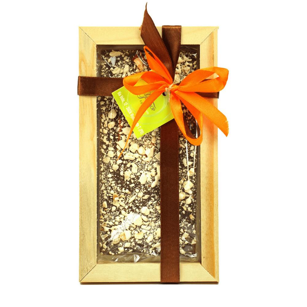 Tavoletta di Cioccolato fondente 61% e granella di torrone, gr 100 con cornice in legno