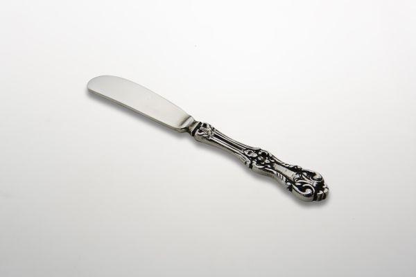 Coltello burro bomboniera argentato argento sheffield stile cesellato cm.13,5x1,5