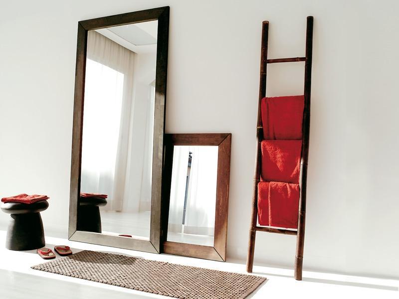 Specchio Urushj
