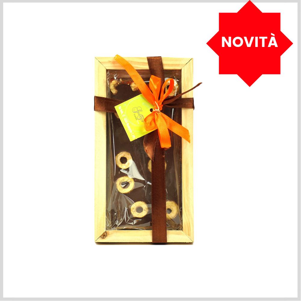Tavoletta di Cioccolato fondente al 61% con olive verdi, gr 100 con cornice in legno