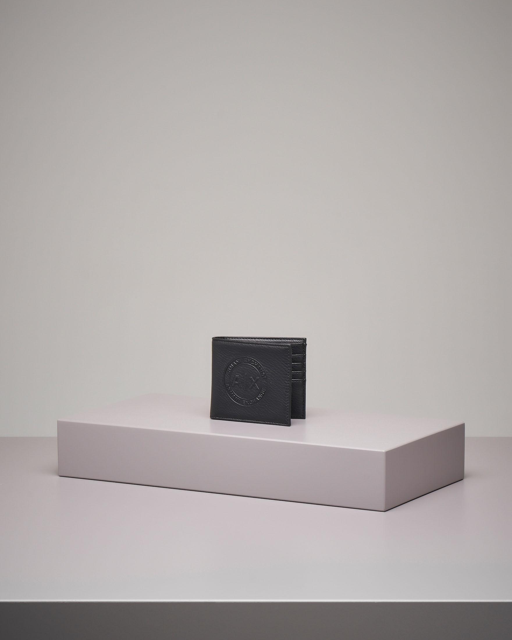 Portafoglio nero in ecopelle