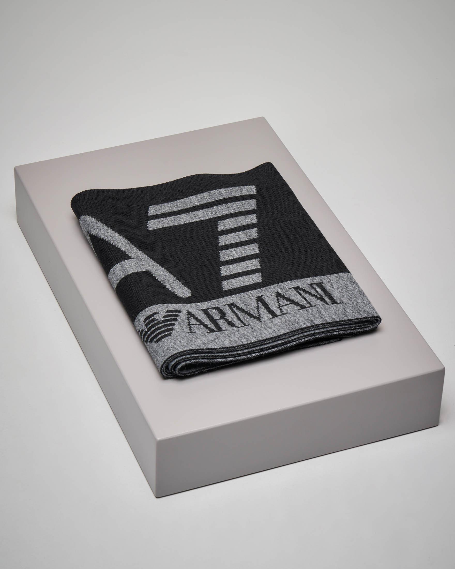 Sciarpa nera con logo grigio