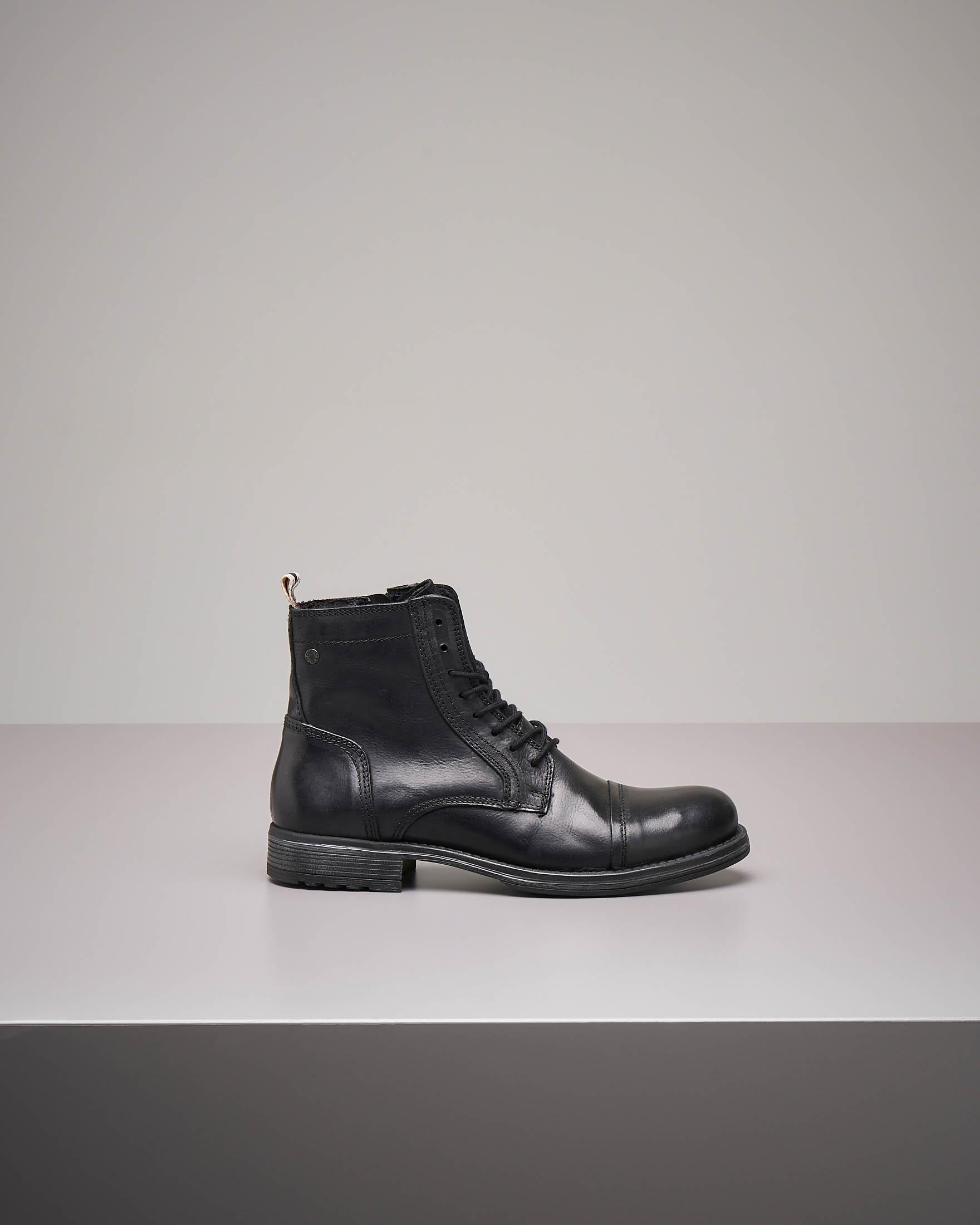 Boots neri in pelle