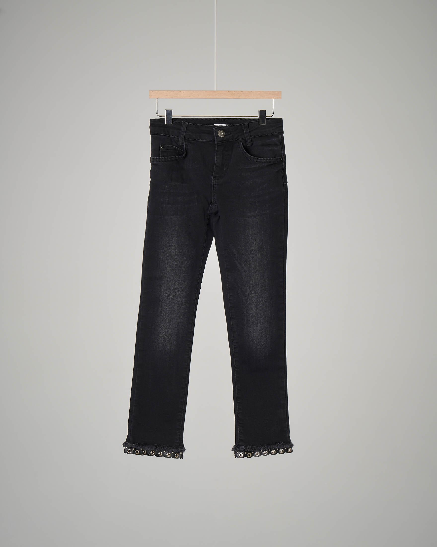 Pantalone jeans nero fondo anelli