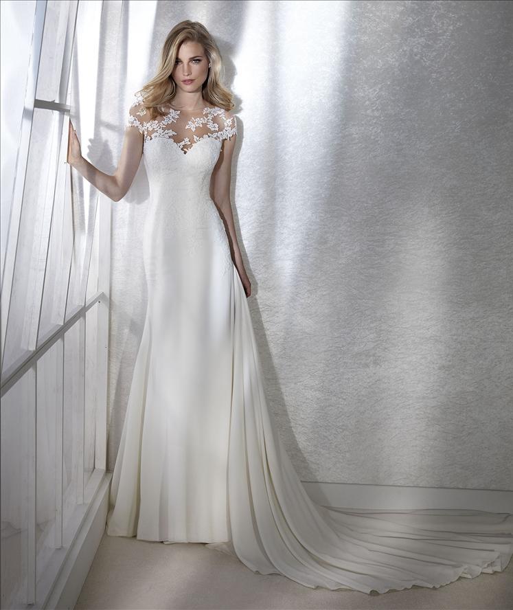 Abito sposa mod. FINLANDIA linea WHITE ONE -PRONOVIAS