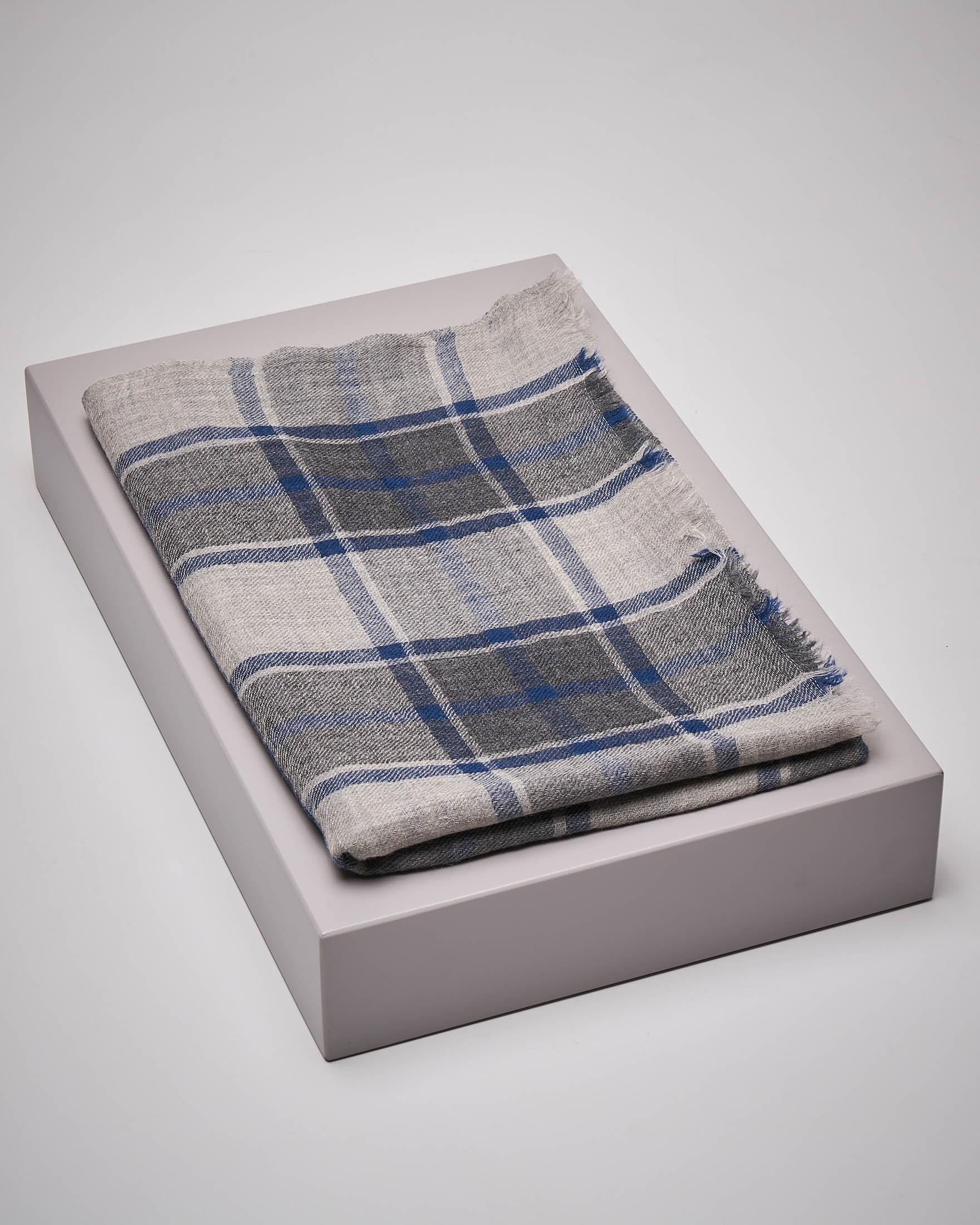 Sciarpa a quadri in lana