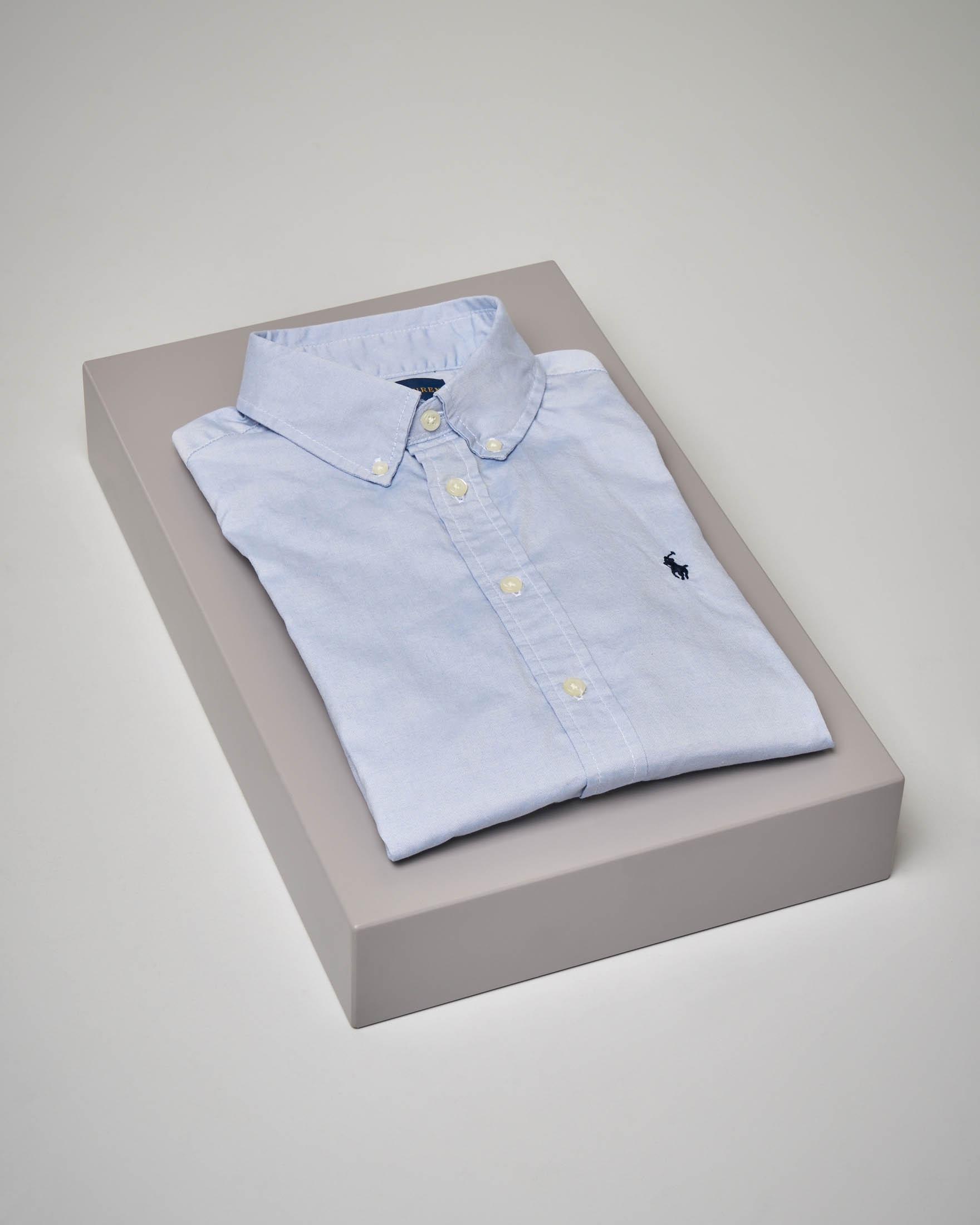 Camicia azzurra button-down