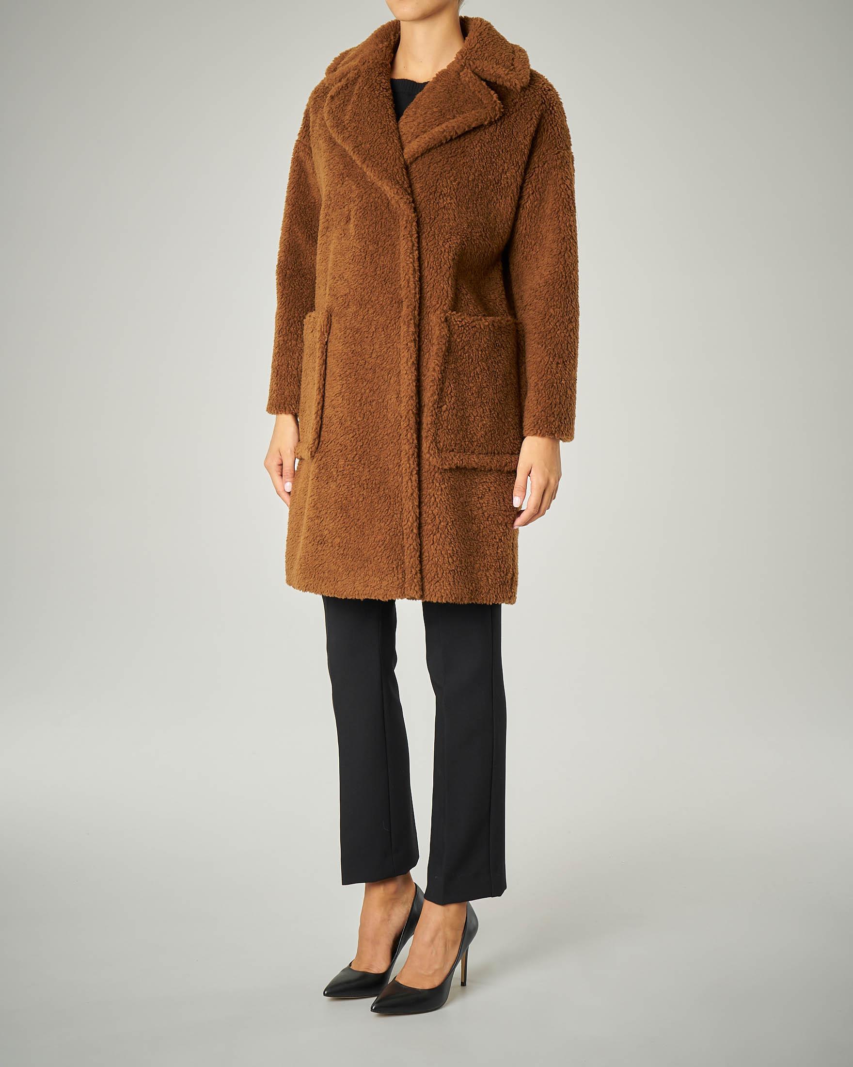 Cappotto in lana effetto orsetto